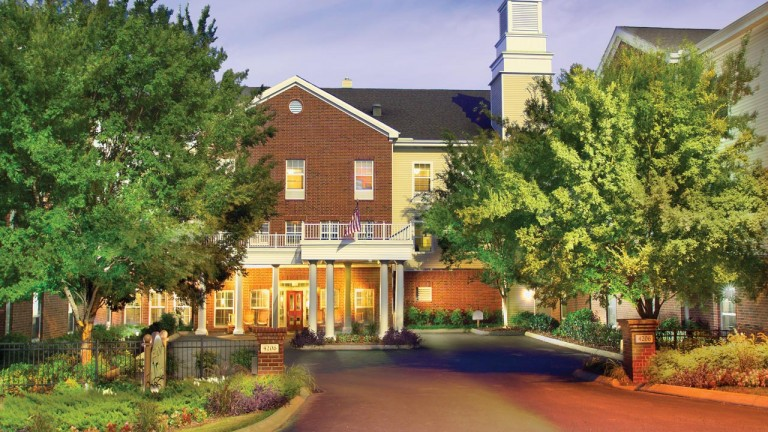 BELMONT VILLAGE SENIOR LIVING AT GREEN HILLS