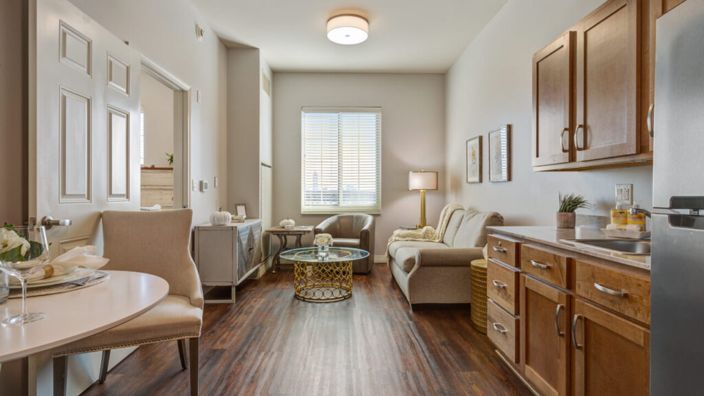 Hunters Creek - Living Room